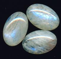 Значение лунного камня